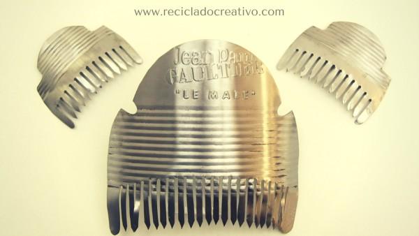 Ofrenda valenciana al material reciclado. Las Fallas 2016. Valencia