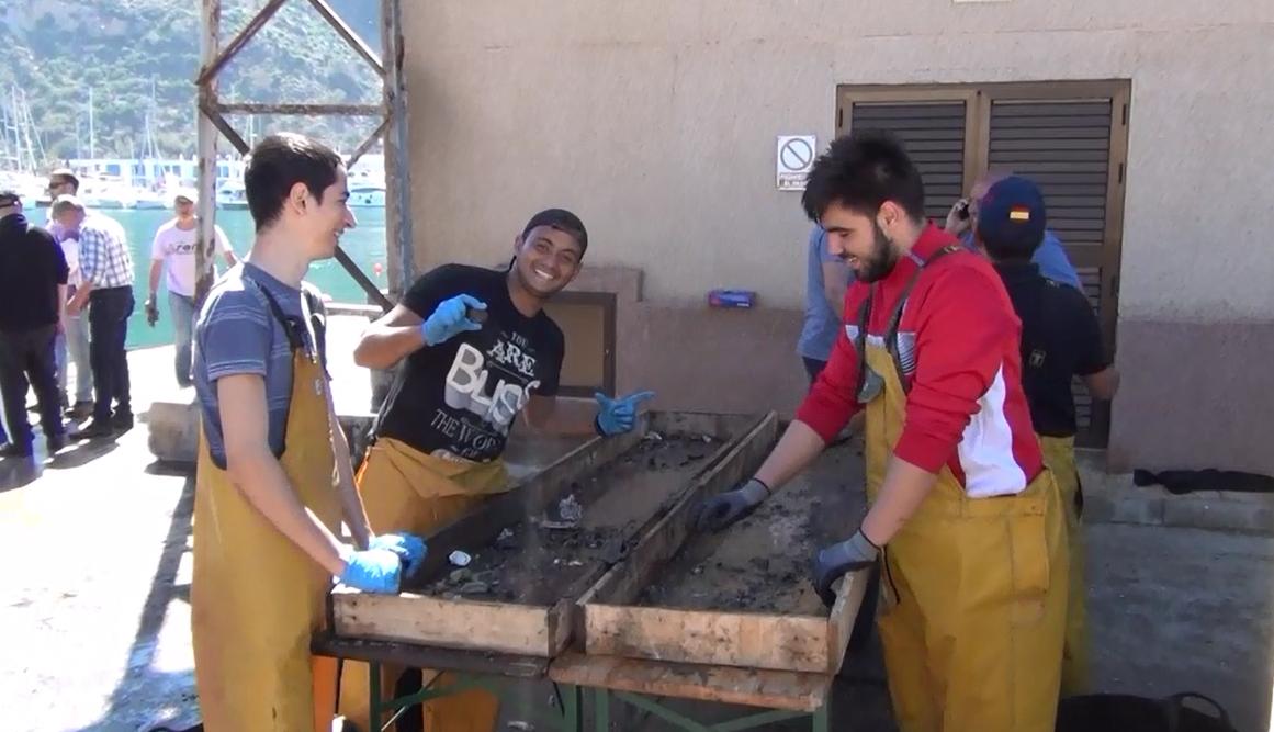 Limpieza fondo puerto de Calpe reciclado creativo (5)