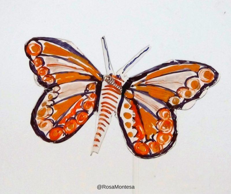 Mariposas con envases de plástico pintadas por mi madre