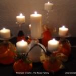 Copas de cristal convertidas en decoración para la mesa en Halloween