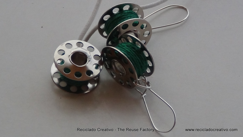 How to make earings and necklace with sewing machine bobbins