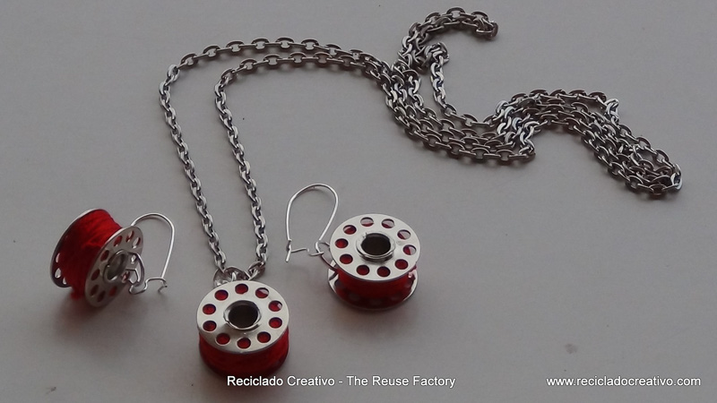 How-to-make-earings-and-necklace-with-sewing-machine-bobbins