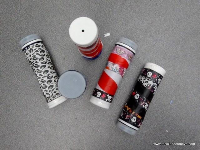 Caleidoscopio realizado con rollos de carton de papel higienico