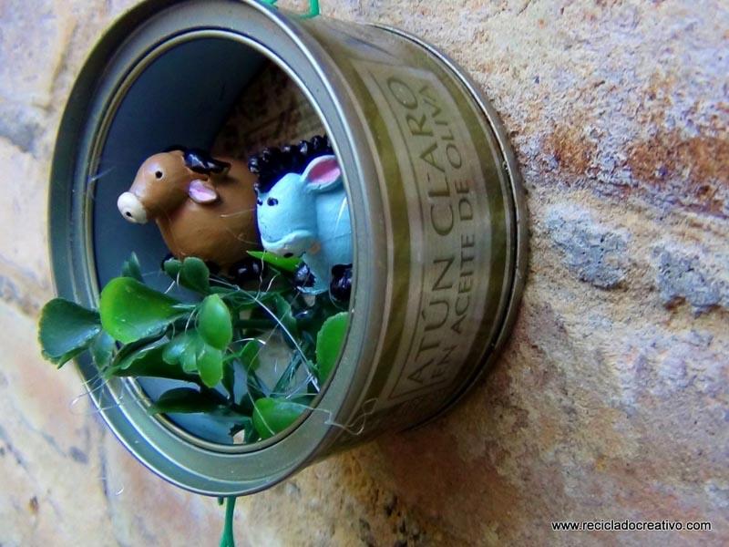 Bel n navide o en latas de at n recicladas 49 - Belen navideno manualidades ...
