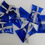 cajas regalo realizadas con botellas de plástico recicladas