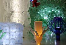 Exposición de lámparas realizadas con material reciclado. Exhibition creativity out of recycled items