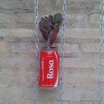 Jardín vertical realizado con botes de cocacola. #compartecocacolacon Rosa Montesa . Reciclado Creativo