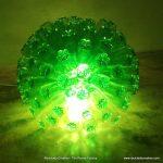 LÁMPARA REALIZADA CON BOTELLAS DE PLÁSTICO RECICLADAS LAMP MADE WITH RECYCLED PLASTIC BOTTLES