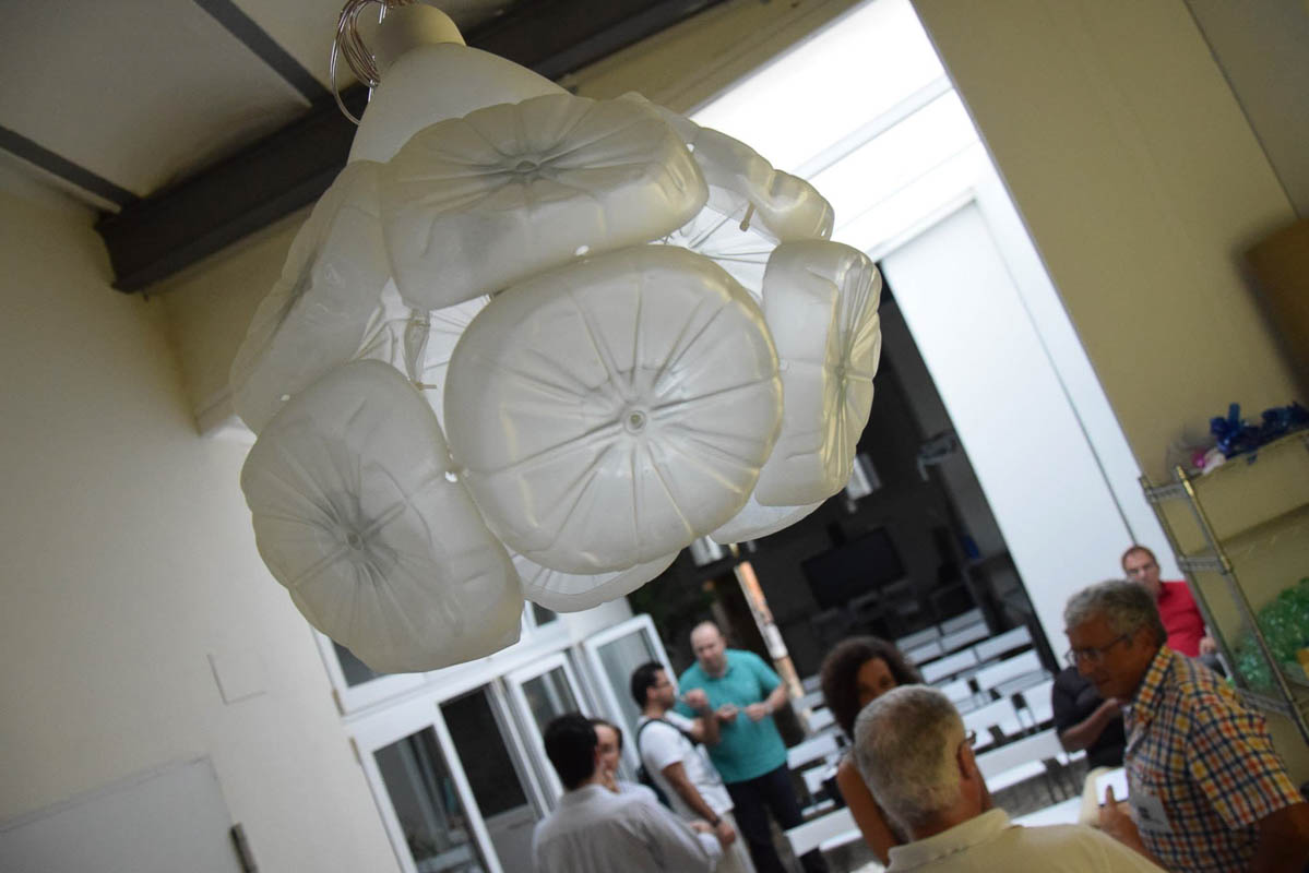 Visto por reciclado creativo en coworkingvalencia - Lamparas en valencia ...