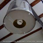 Lámparas realizadas con botes de metal reciclados (41)