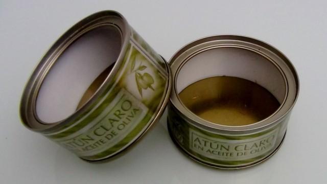 latas de atún para reciclar