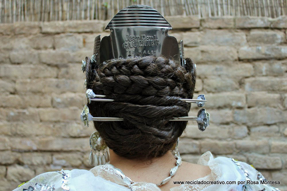 Peinetas de peinado de valenciana - Valencian hair combs