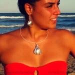 Bisutería con conchas y caracolas de la playa